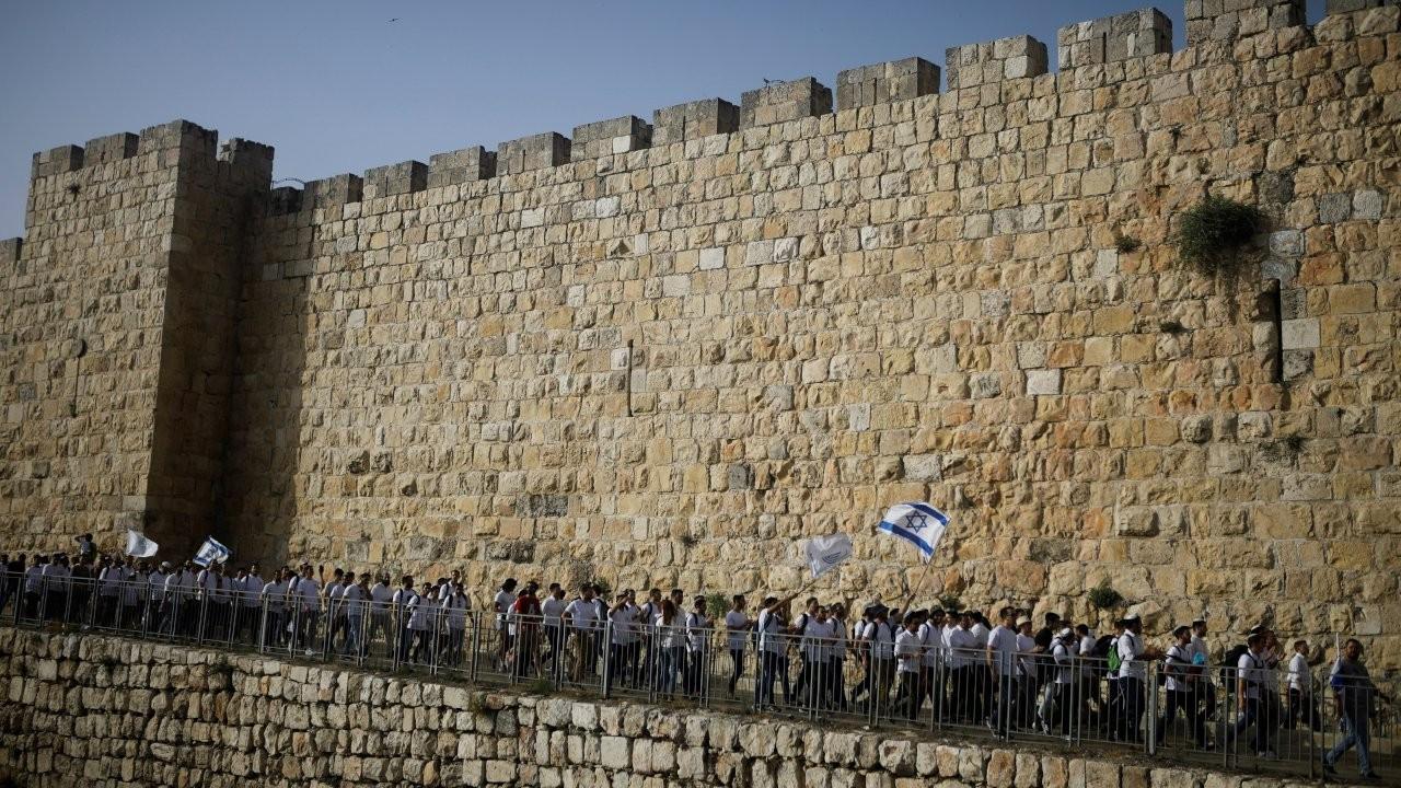 İsrail'de vatandaşlık yasası 'apartheid'ı tescilliyor