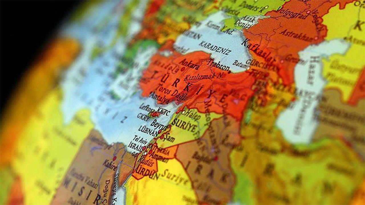 Selim Kuneralp yazdı: Dış politikada gerçekliğe doğru mu?