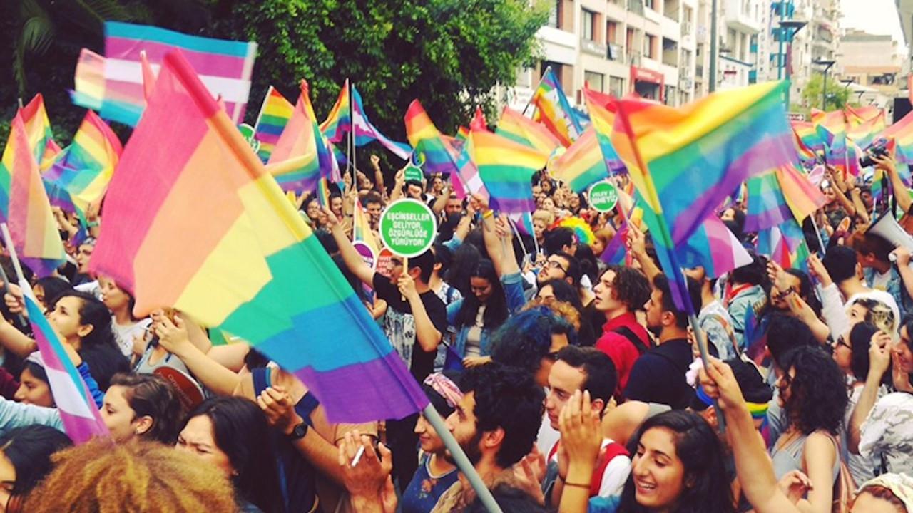 İstanbul'da Onur Yürüyüşü'ne valilikten ret