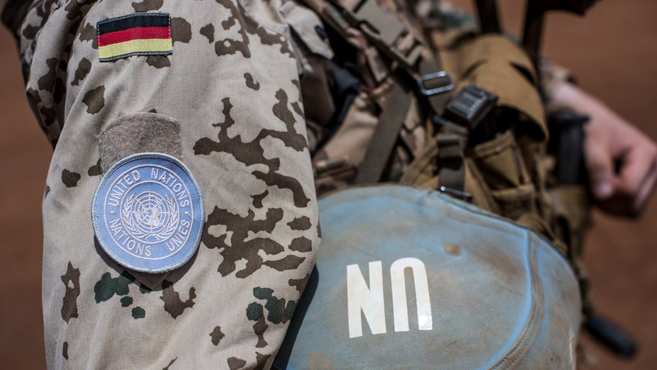 Mali'de BM Barış Gücü üssüne bombalı saldırı: 13 yaralı