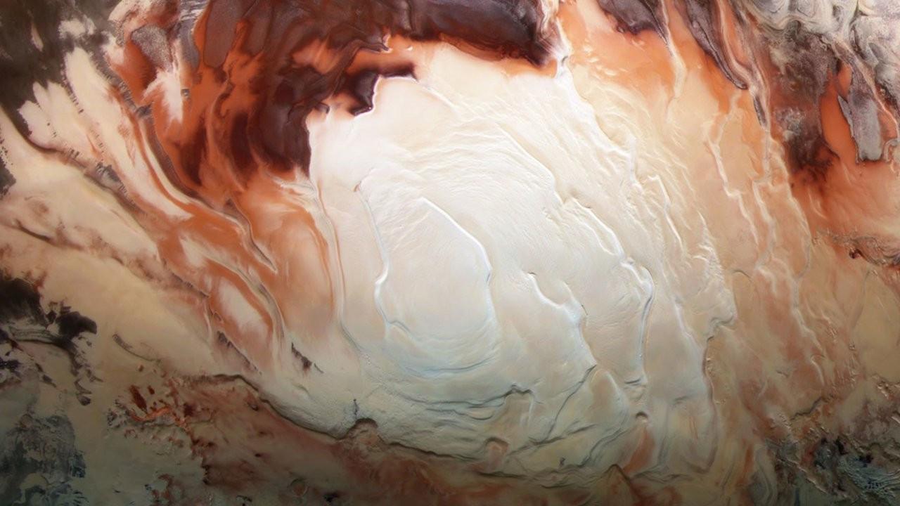 NASA uzmanları Mars'ta daha fazla yer altı gölü keşfetti