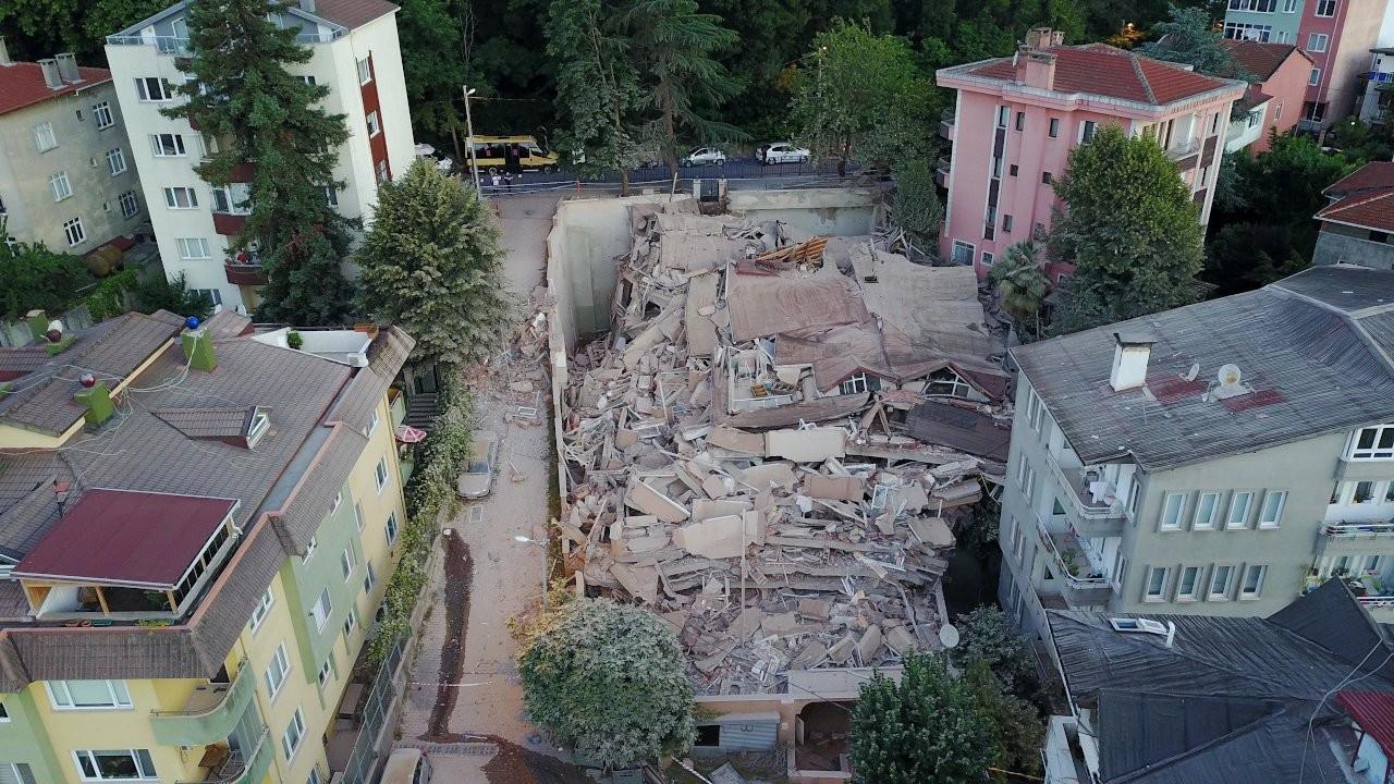Sarıyer'de boşaltılan 11 katlı bina çöktü