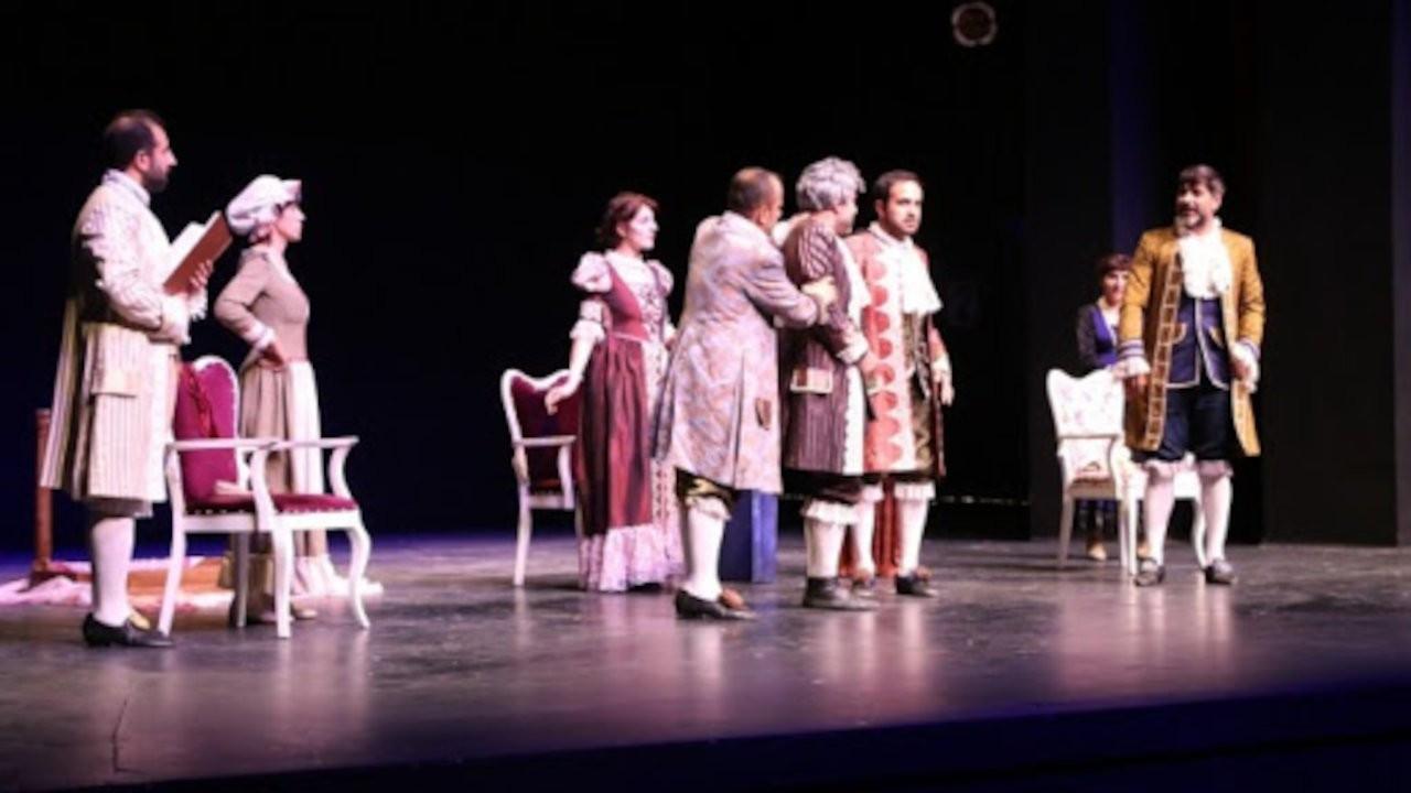 Amed Şehir Tiyatrosu Don Kişot oyunuyla izleyiciyle buluşacak