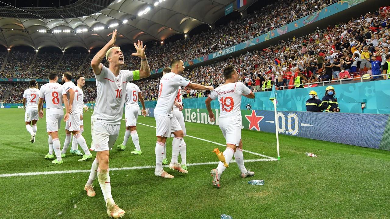 Nefes kesen maçta çeyrek finali penaltılarla İsviçre aldı