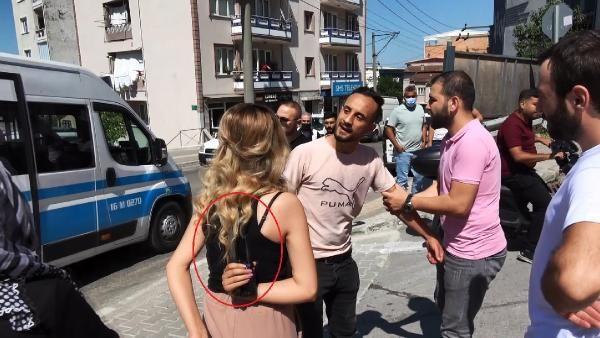 Kadına bıçaklı saldırıyı gazeteciler önledi - Sayfa 1