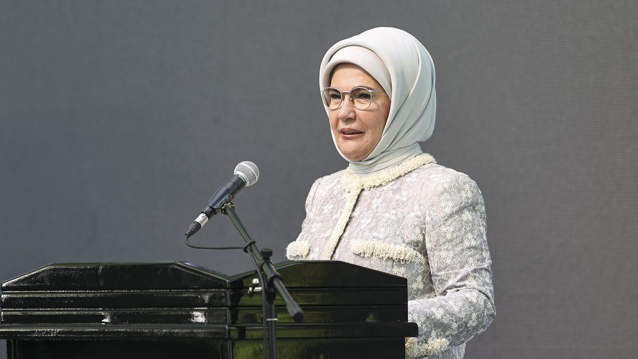 Emine Erdoğan: Porsiyonlarımızı küçültelim, bozulacak yiyecekleri istiflemeyelim
