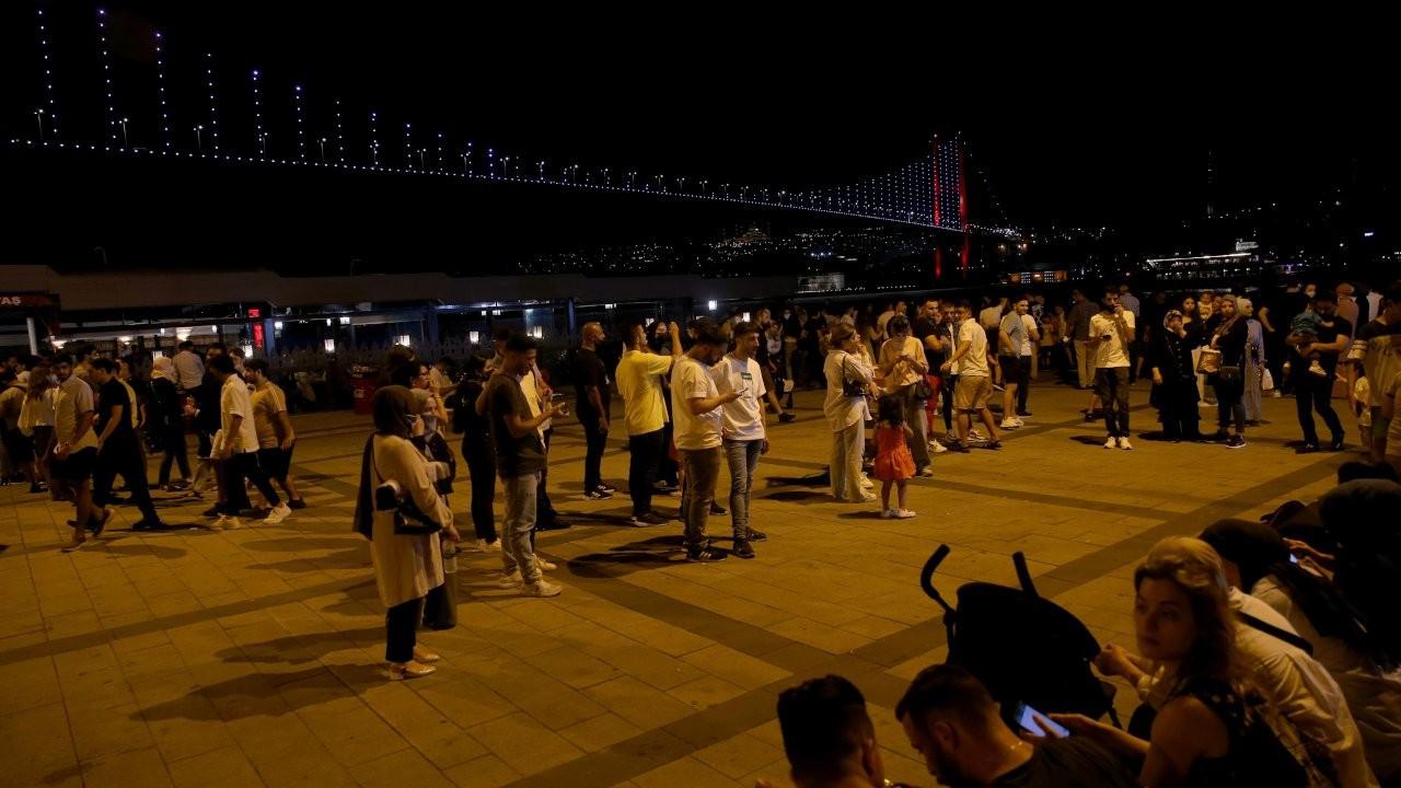 Kısıtlamasız ilk akşam: Parklar ve sahiller doldu