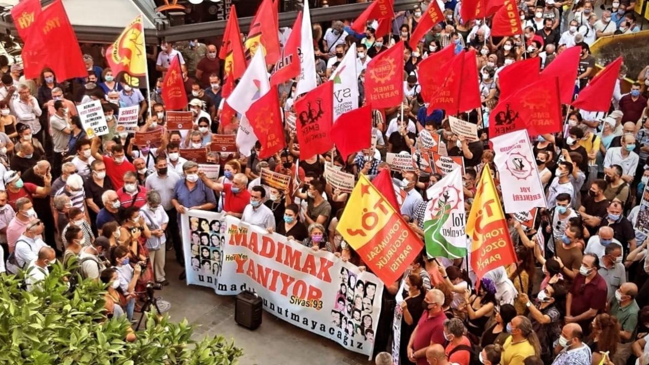 İzmir'de Sivas Katliamı anması: 35 canın hesabını soracağız