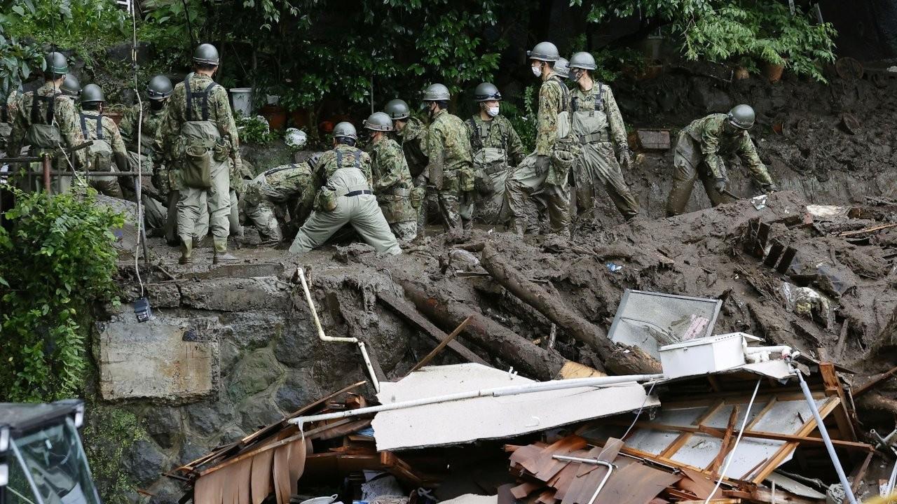 Japonya'daki heyelanda kayıp sayısı 100'ü aştı