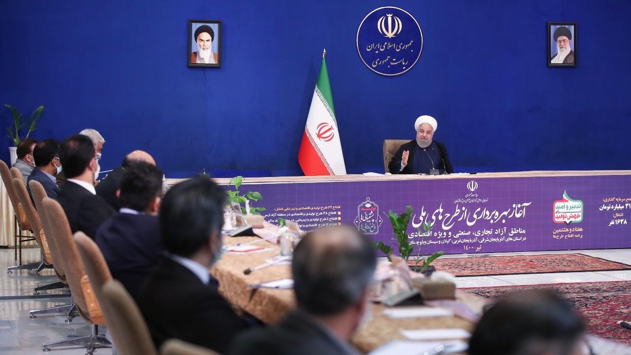 Ruhani, elektrik kesintileri nedeniyle halktan özür diledi