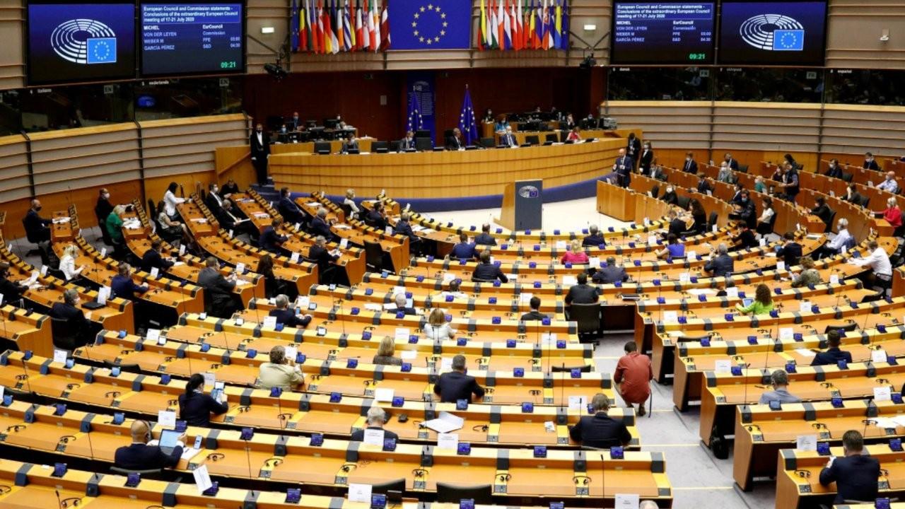Venedik Komisyonu: Türkiye'de STK'ler risk altında