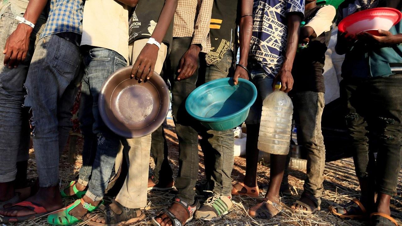 Rapor: Her bir dakikada 11 kişi açlıktan ölüyor