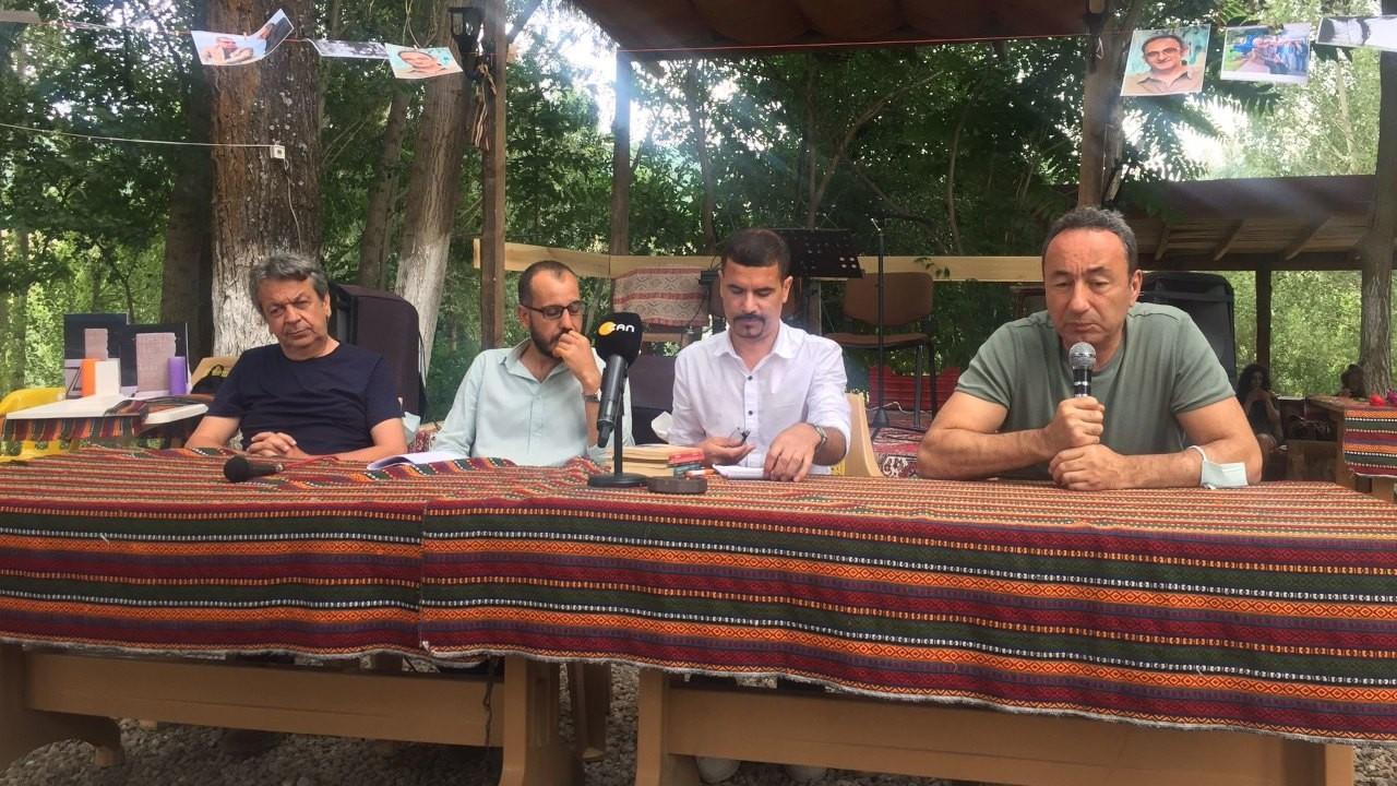 Dostları şair Mehmet Çetin için Dersim'de buluştu