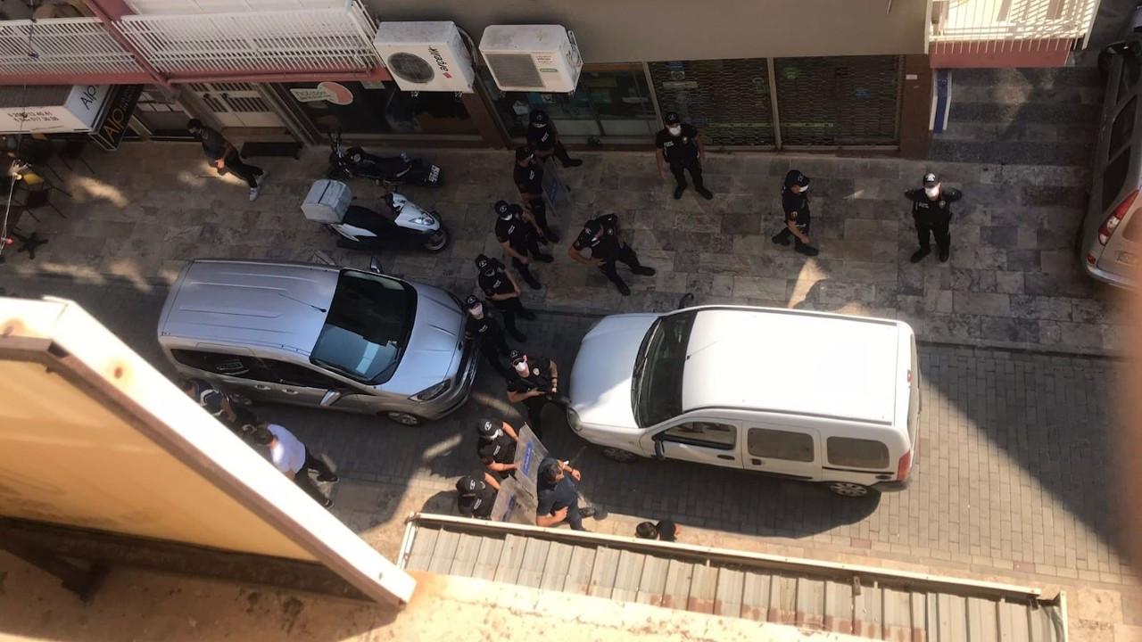 Aydın'da Onur Yürüyüşü'ne polis engeli