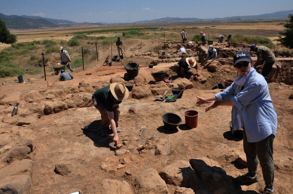 Zincirli Höyük'te, Demir ve Orta Çağ eserleri bulundu - Sayfa 1