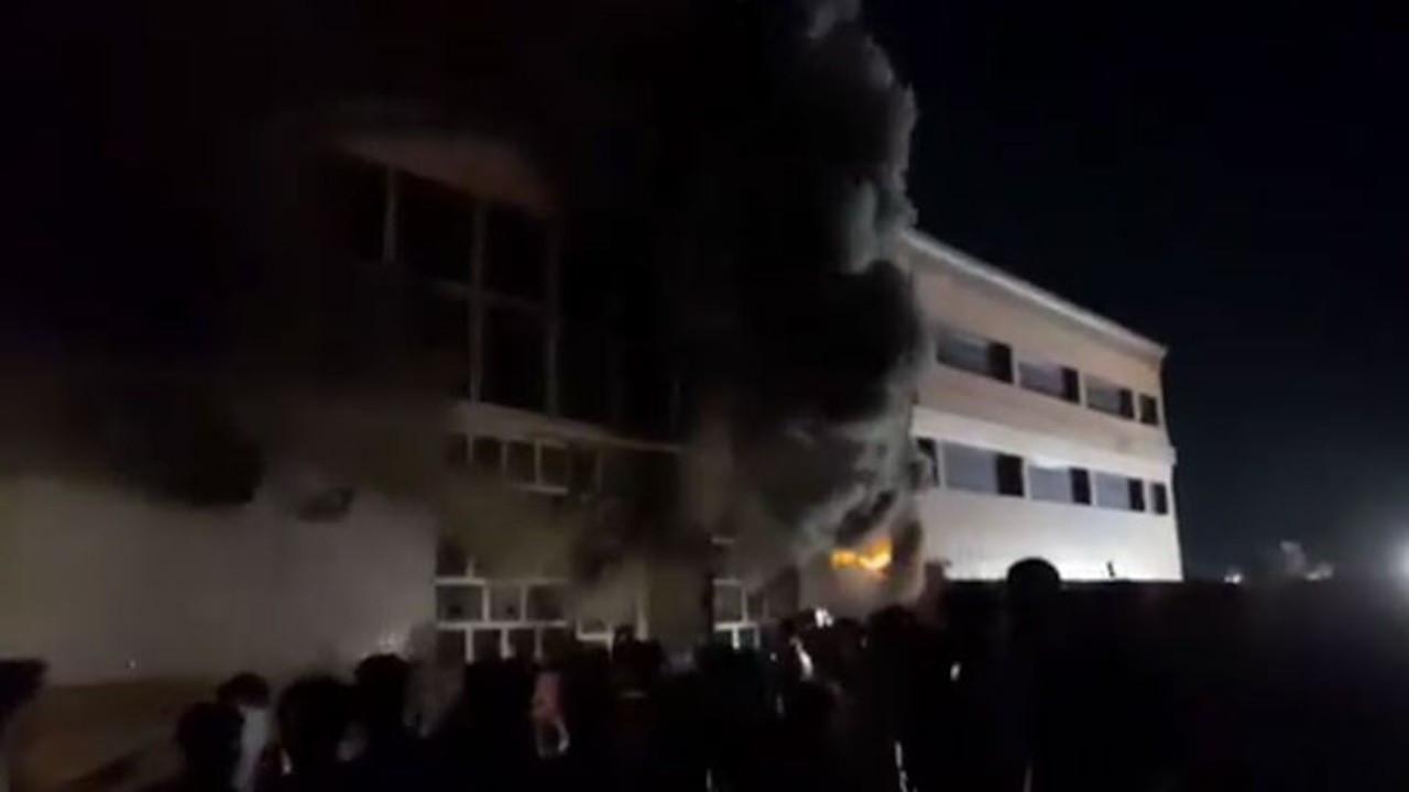 Irak'ta hastanede yangın: 36 ölü