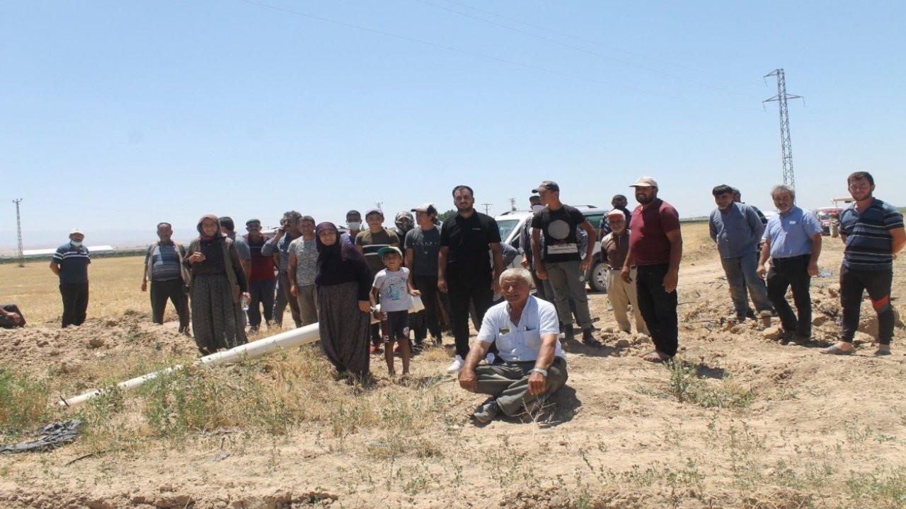 Konya'da susuz kalan mahalle halkına jandarma copu