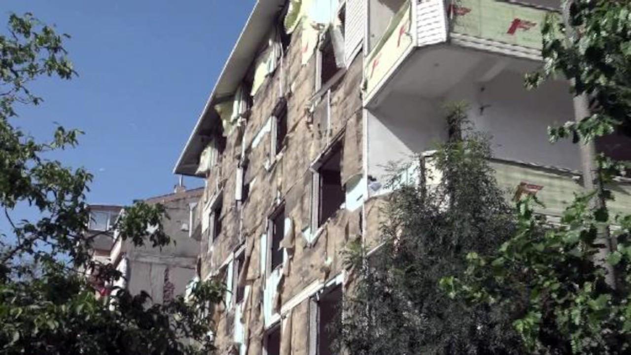 Binanın dış kaplamaları bir günde çalındı
