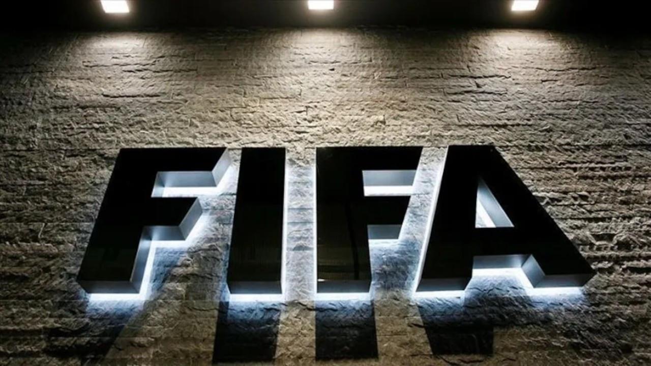 FIFA'dan İtalyan ekibi Spezia'ya 4 dönem transfer yasağı