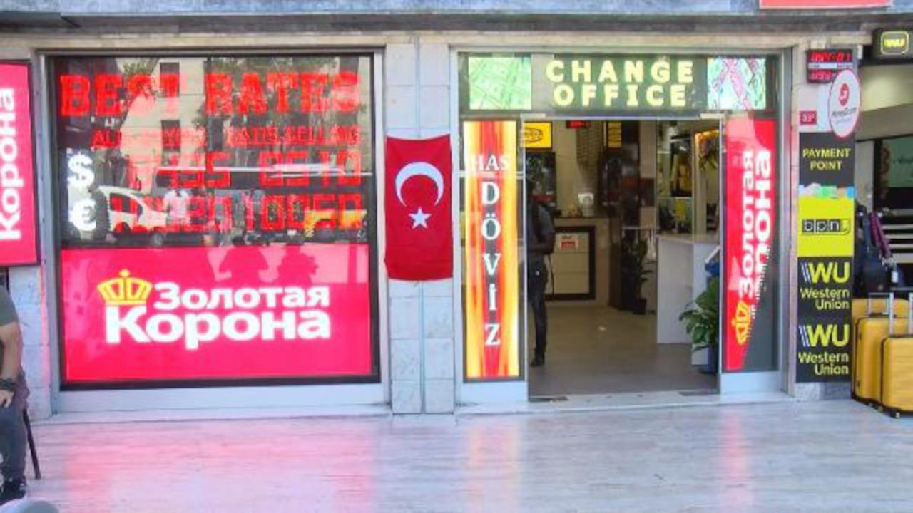 Fatih'te gaspçılara direnen iki çalışana patrondan 10'ar bin dolar