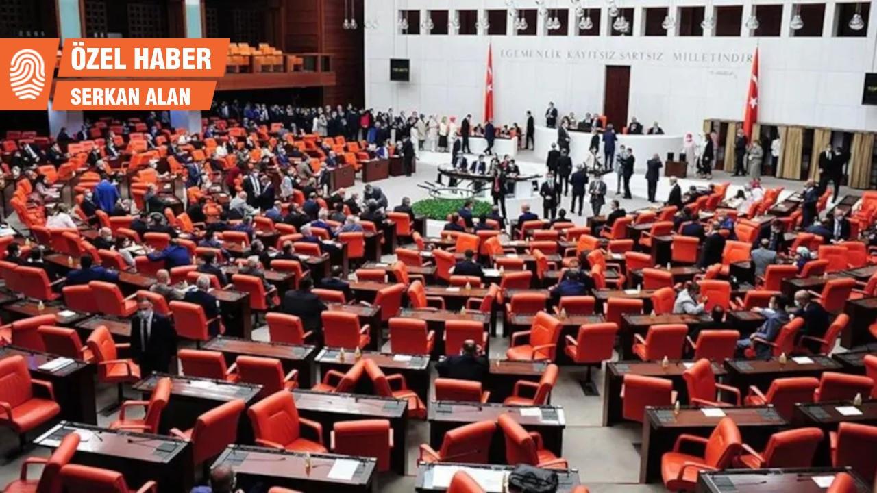 Muhalefetten 'OHAL yasası'na şerh: İktidar seçim kampanyasına başladı