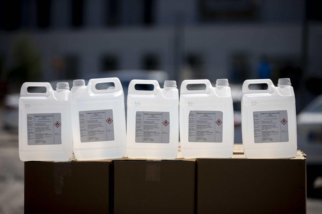 Ankara'da sahte içki operasyonu: 12 bin litre etil alkol ele geçirildi - Sayfa 1