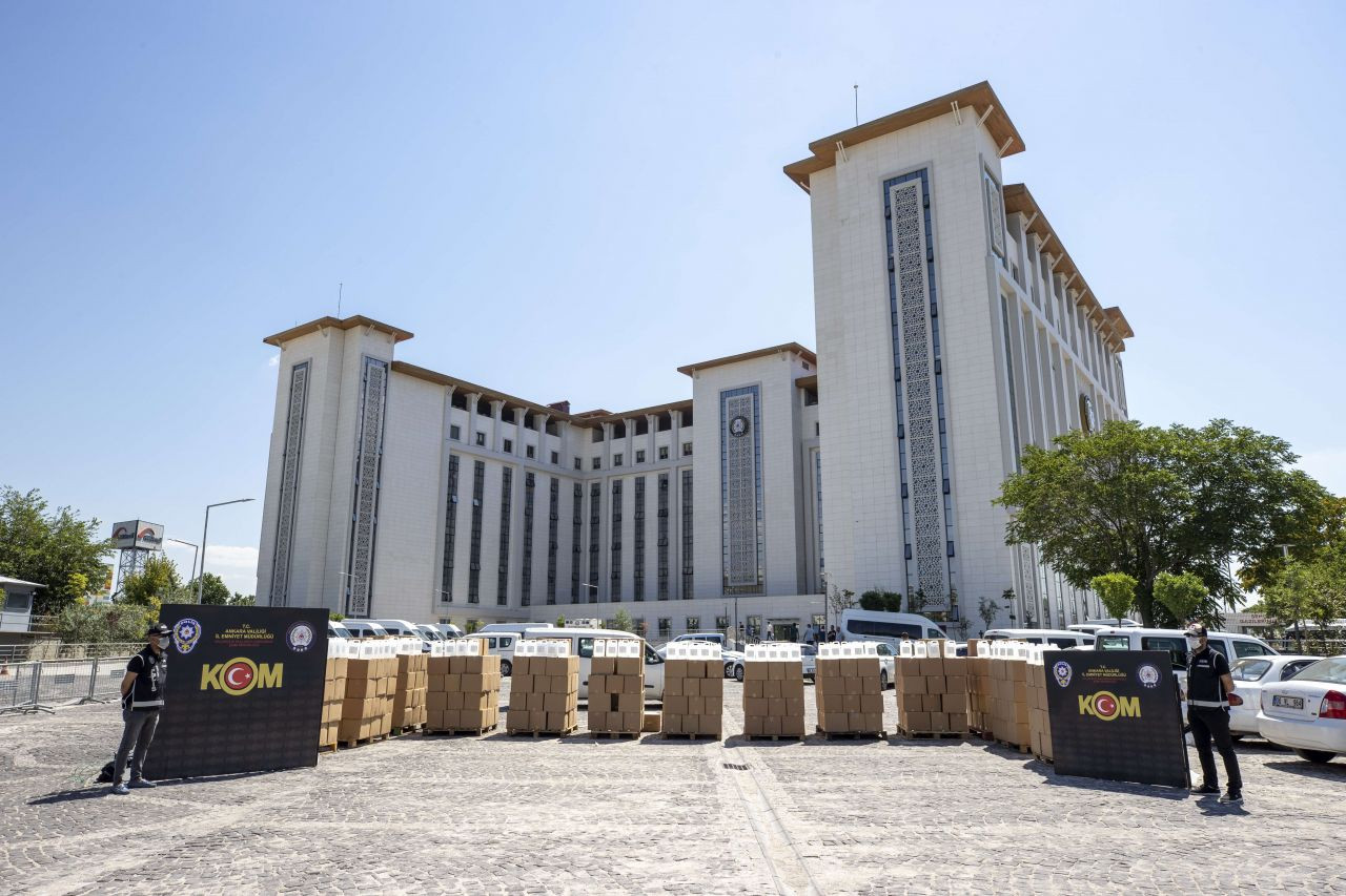 Ankara'da sahte içki operasyonu: 12 bin litre etil alkol ele geçirildi - Sayfa 2