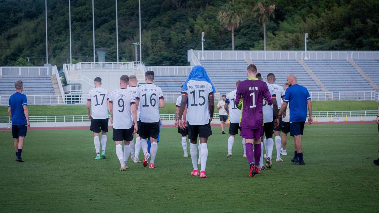 Almanya Olimpik Milli Futbol Takımı ırkçılık nedeniyle sahadan çekildi