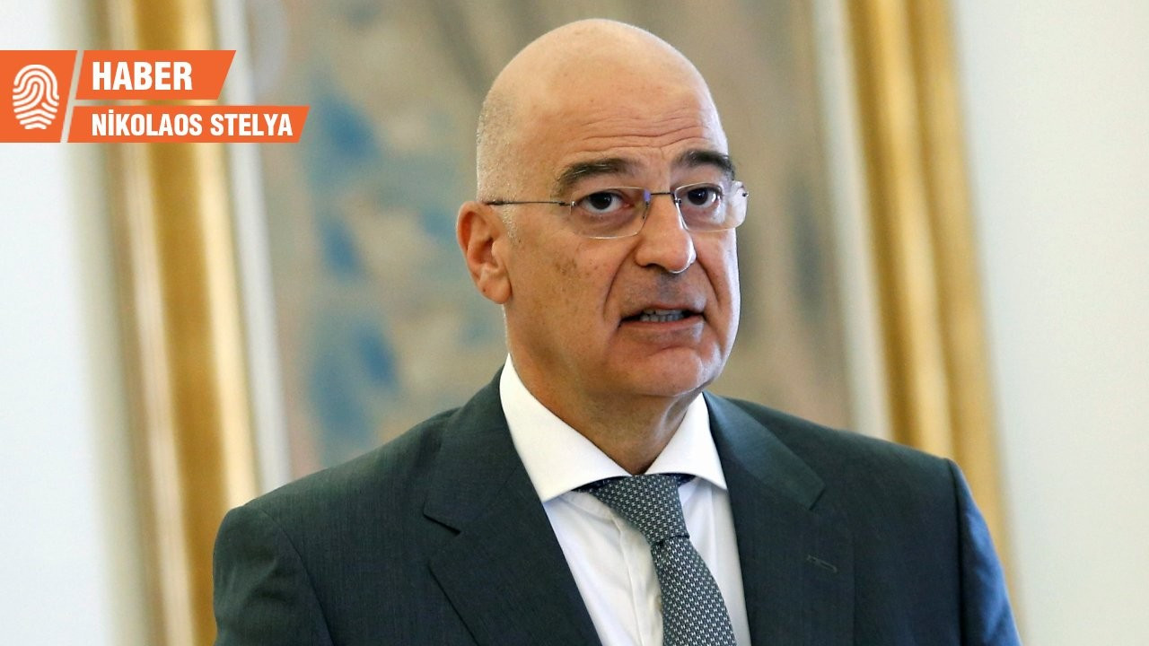 Yunanistan Dışişleri Bakanı ile Savunma Bakanı Kıbrıs'a gidiyor