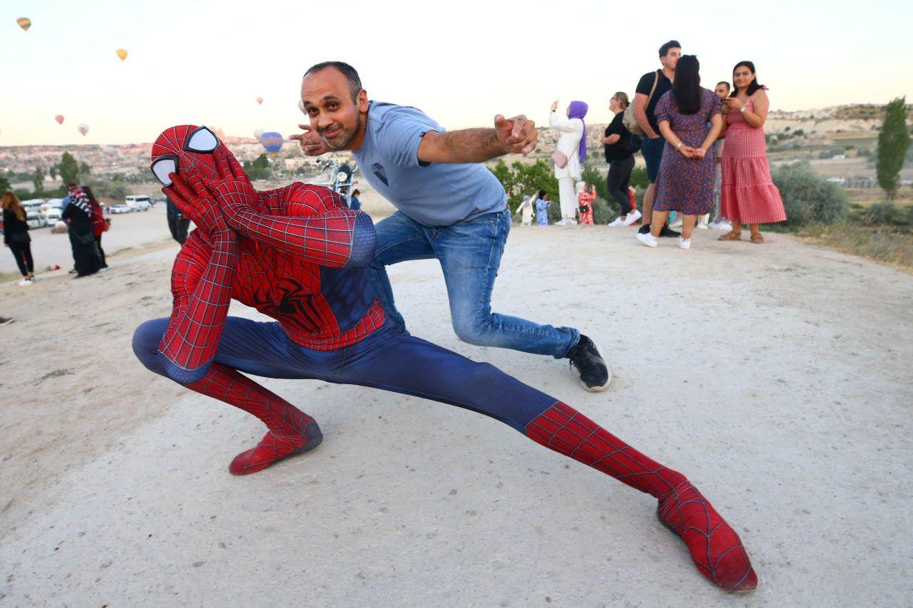 Örümcek Adam Kurban Bayramı tatilini Kapadokya'da geçirdi - Sayfa 4