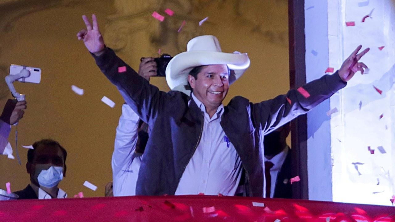 Peru'da sosyalist aday Castillo'nun seçim zaferi resmileşti