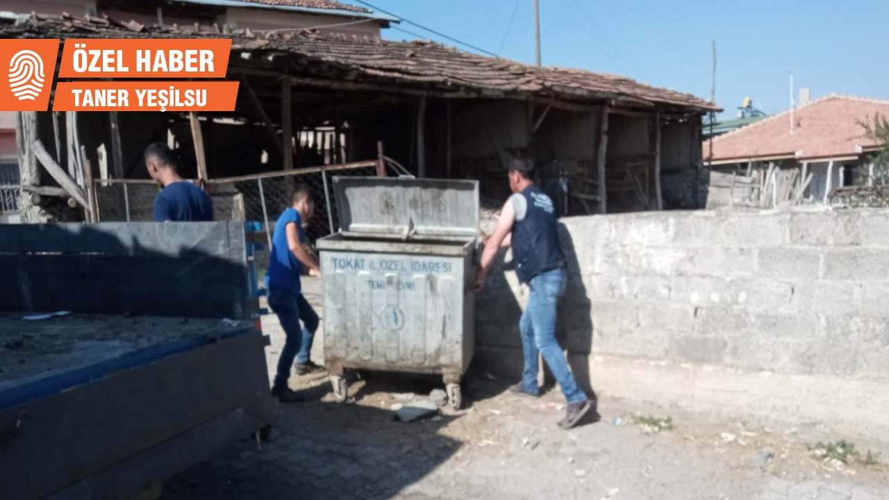 Toplanmayan çöpler köylüyü isyan ettirdi
