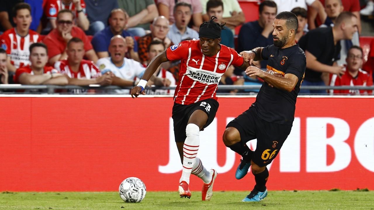Galatasaray, Hollanda ekibi PSV'ye 5-1 yenildi