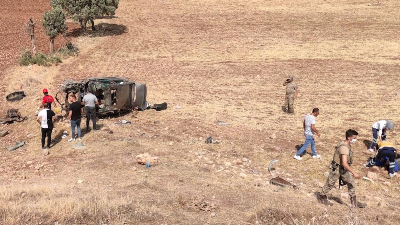 Şarampole devrilen otomobildeki iki asker vefat etti
