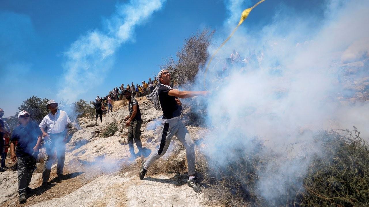 İsrail askerleri, 'taş atan' Filistinli genci öldürdü