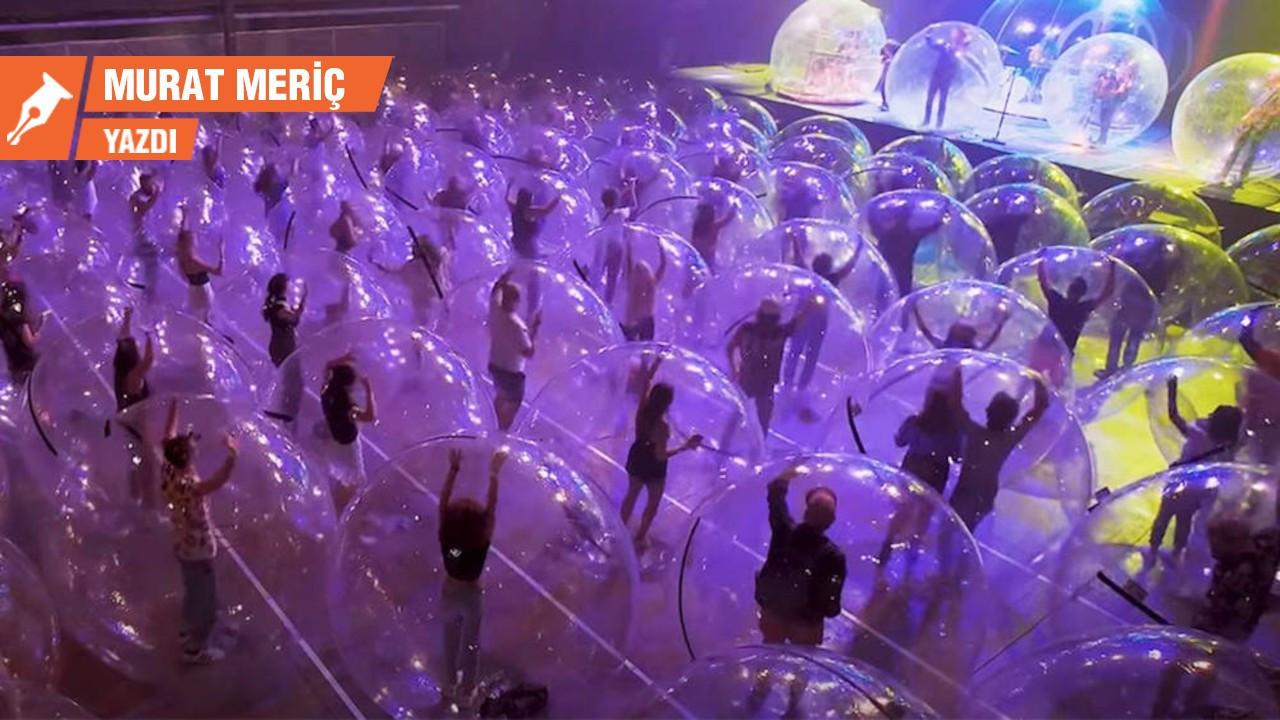 Pandemide konser izlemek…