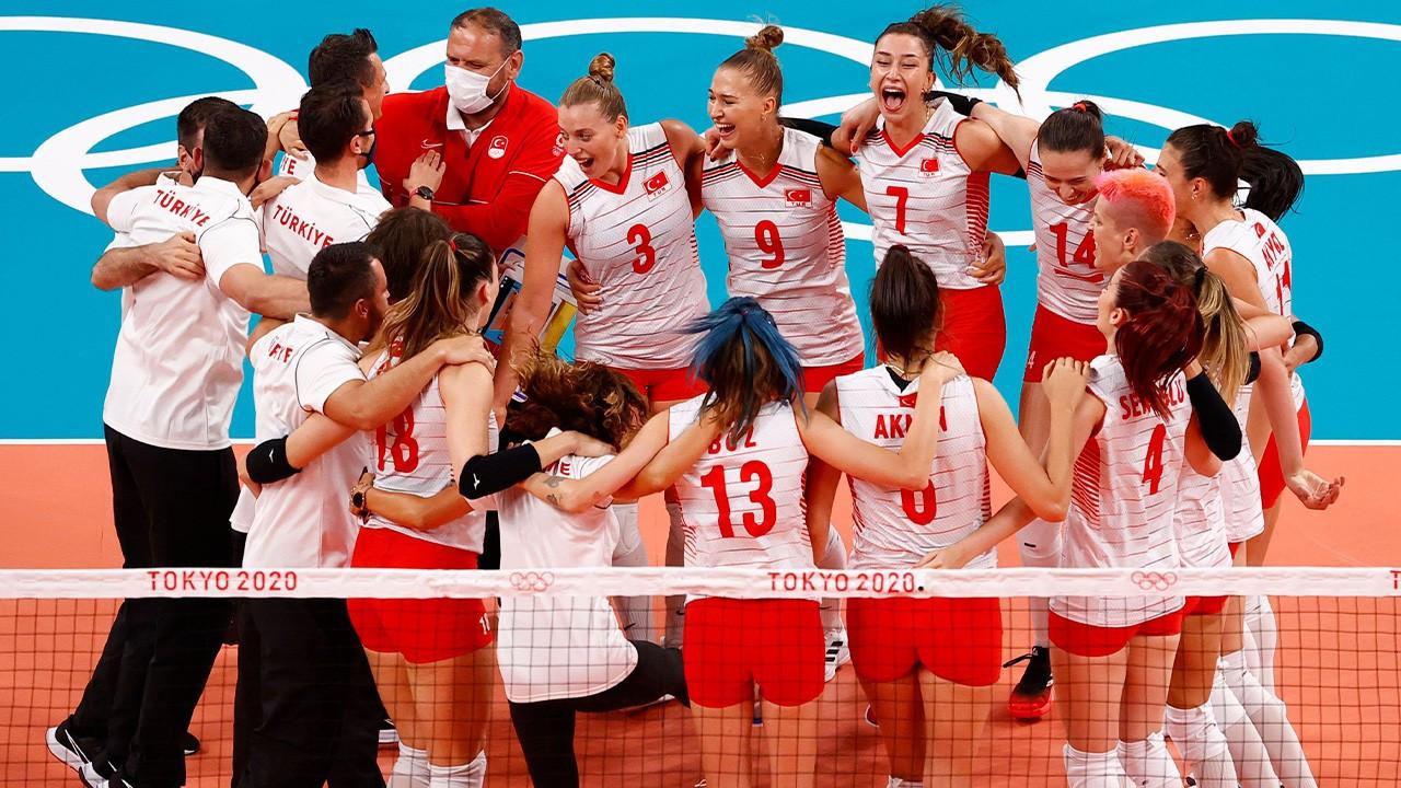 Türkiye Kadın Millî Voleybol Takımı Çin'i 3-0 yendi