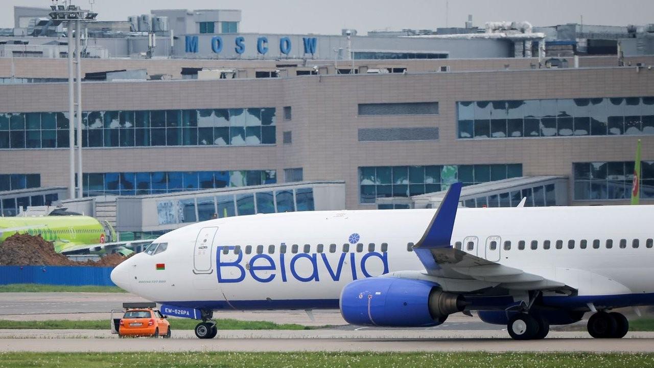 Minsk-Antalya seferini yapan yolcu uçağı Moskova'ya acil iniş yaptı