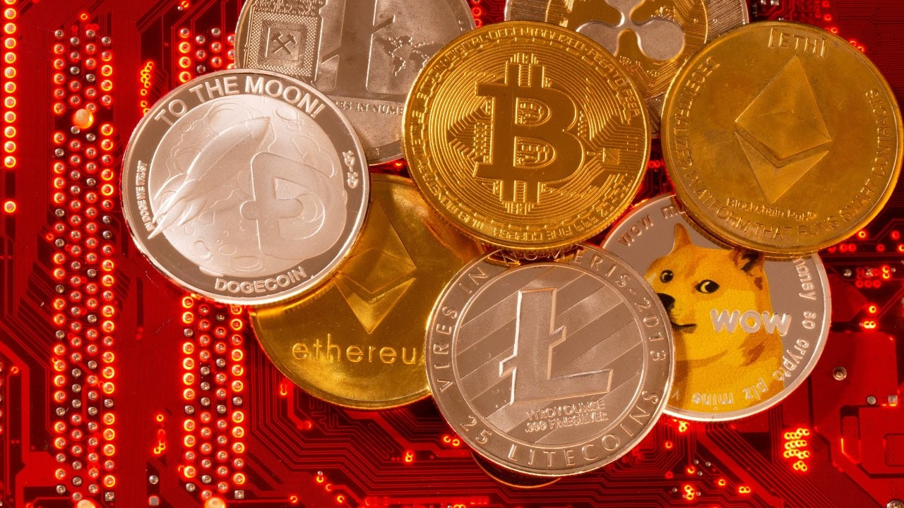 Bitcoin ve Ethereum haftaya yükselişle başladı