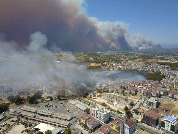 Manavgat'ta felaket: Alevler dört bir yanı sardı - Sayfa 3