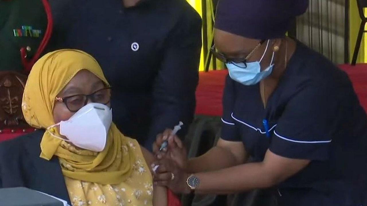 Tanzanya'da virüse karşı 'dua' politikasından aşıya geçildi