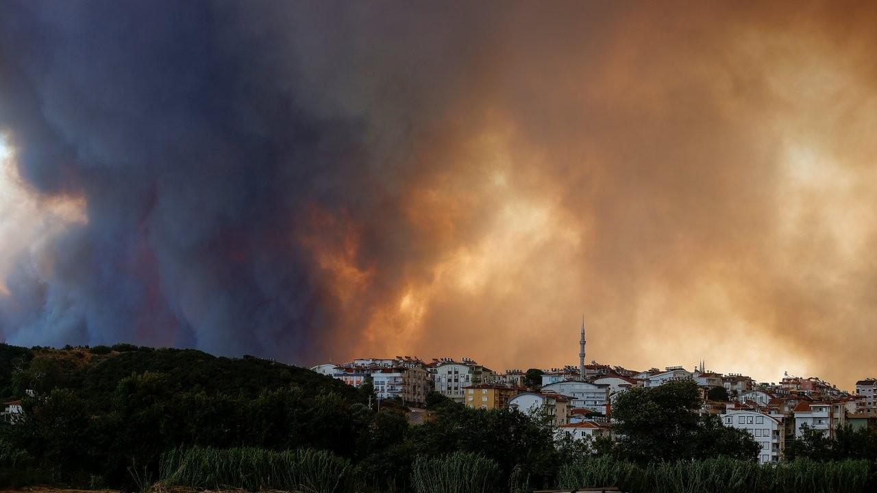 AFAD: Yangında ölenlerin sayısı üçe yükseldi