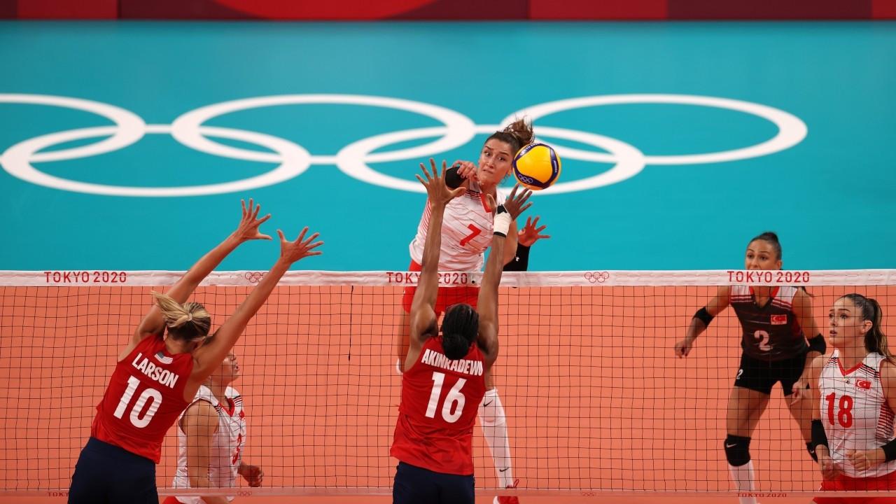 Türkiye Milli Kadın Voleybol Takımı, ABD'ye mağlup oldu