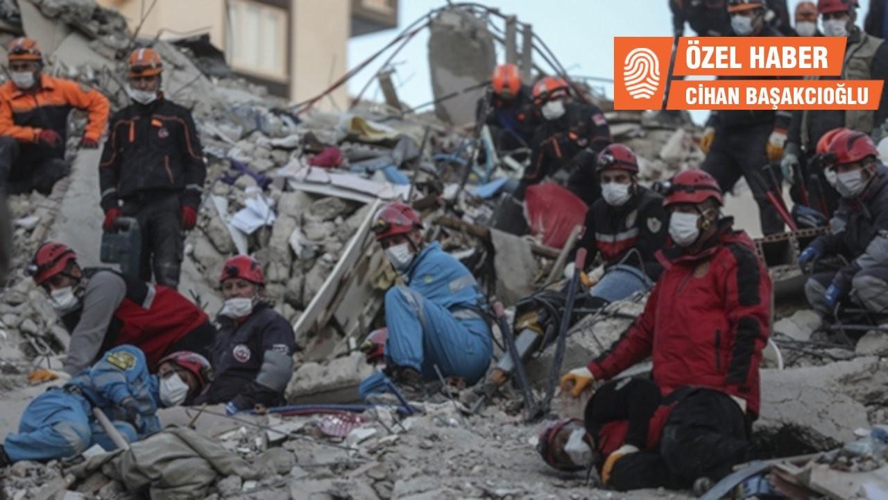 İzmir'de depremzedeler mağduriyetleri için sokağa çıkıyor