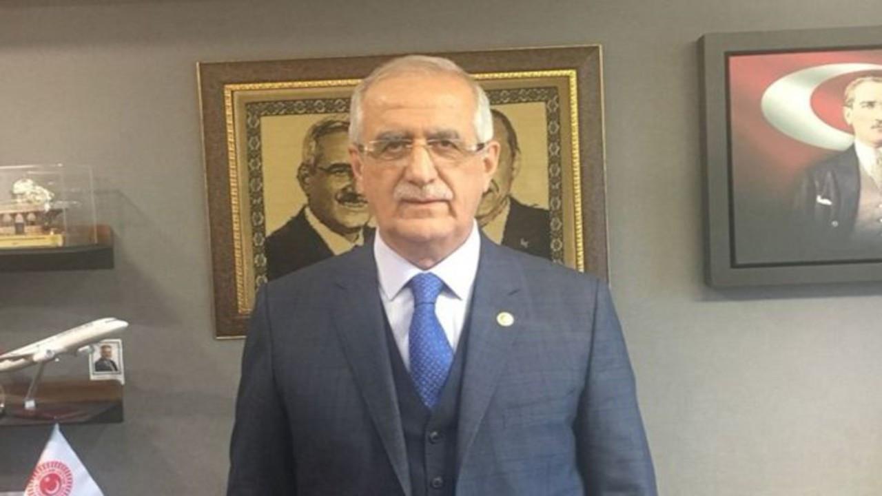 AK Partili vekil İmamoğlu'nun montajlı fotoğrafını paylaştı