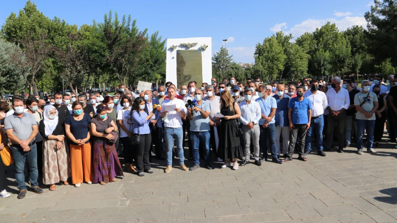 Irkçı saldırı Diyarbakır'da protesto edildi: Sorumlular yargılansın