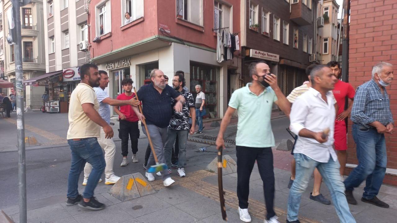 İstanbul'daki katliam protestosuna katılanlara ve gazetecilere saldırı