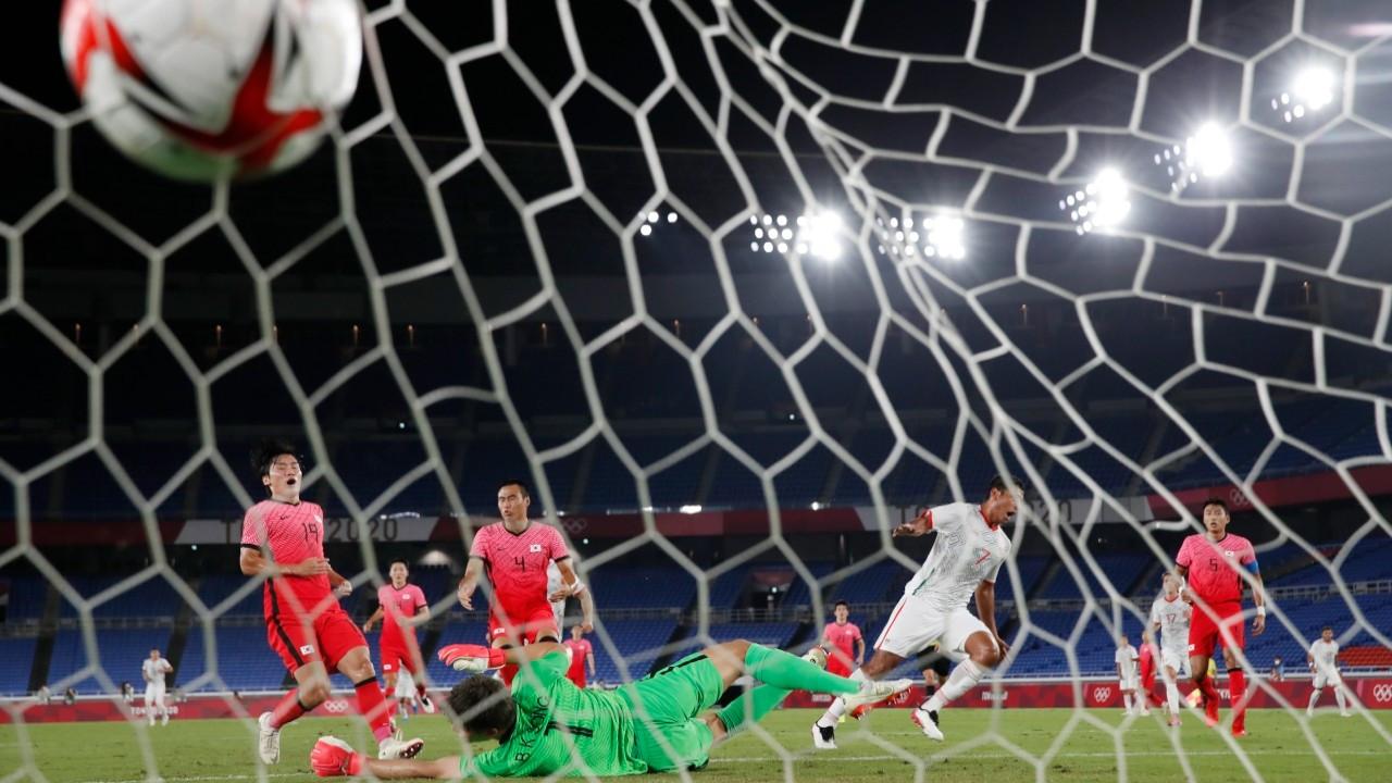 Olimpiyat Oyunları erkek futbolunda yarı finalistler belli oldu