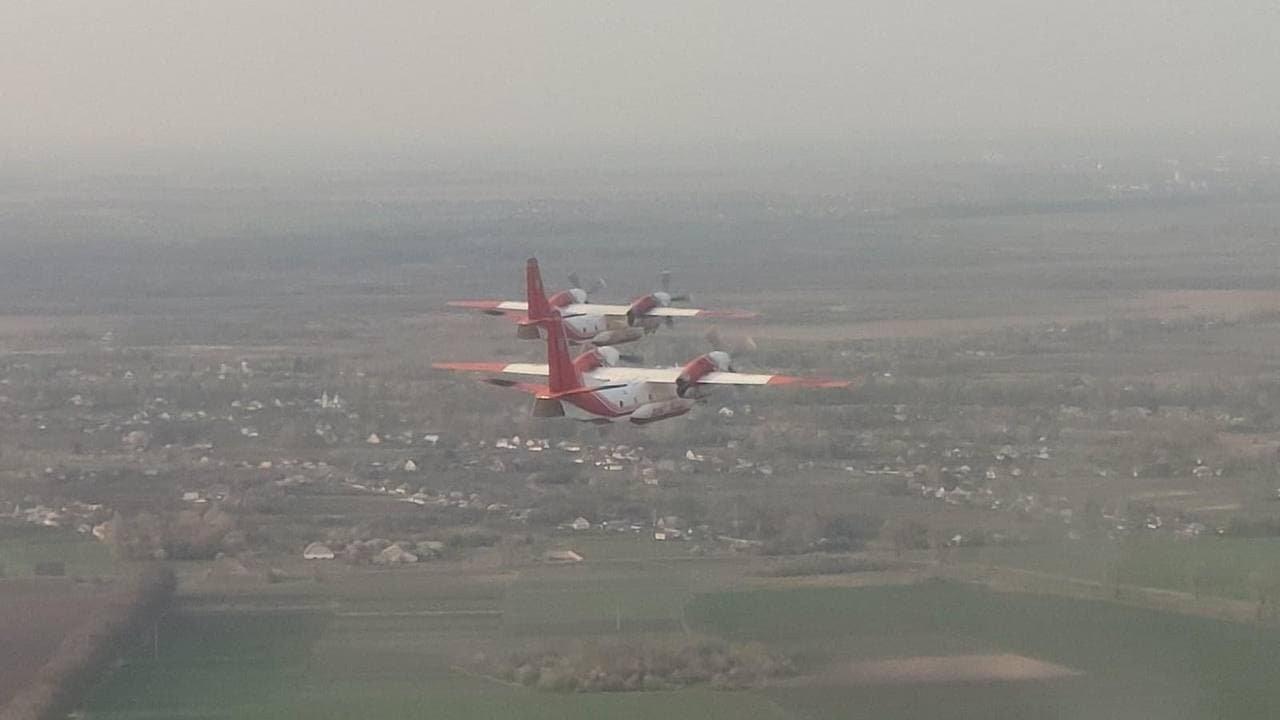 Ukrayna'nın gönderdiği uçaklar yangın söndürme çalışmalarına katıldı