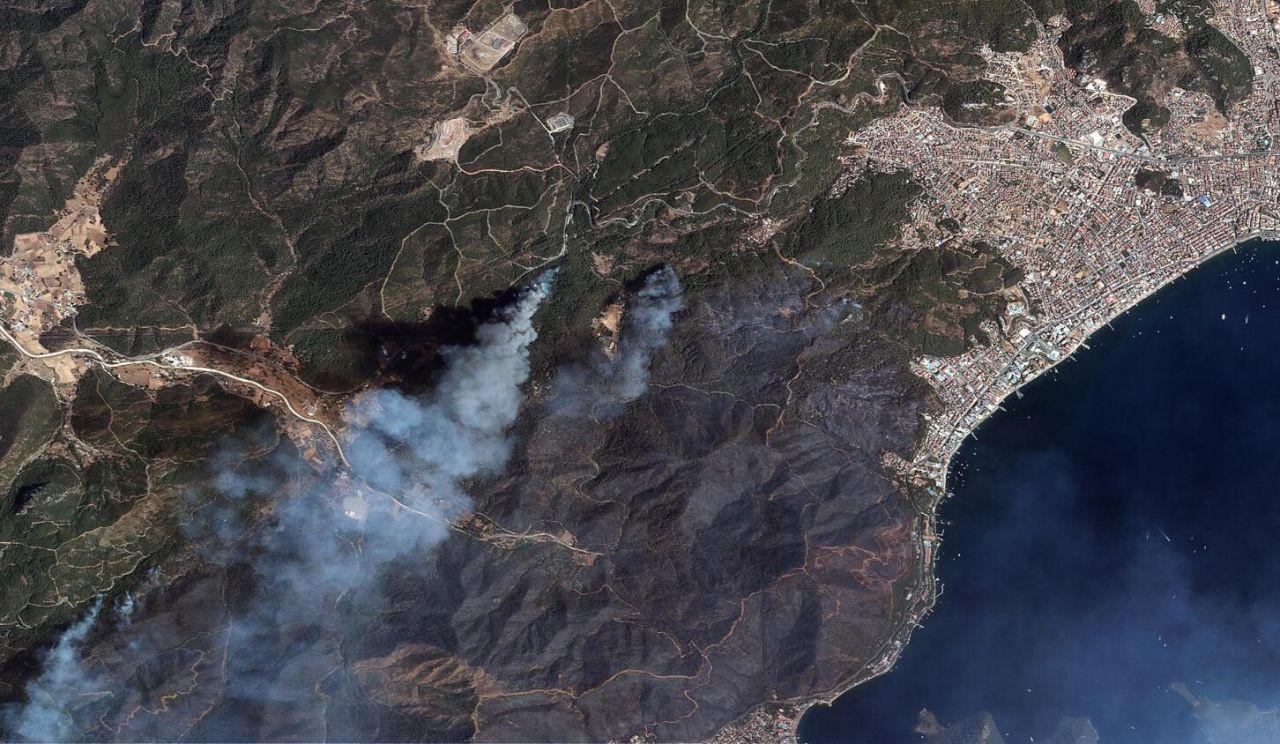 Marmaris ve Manavgat yangınları uzaydan görüntülendi - Sayfa 2